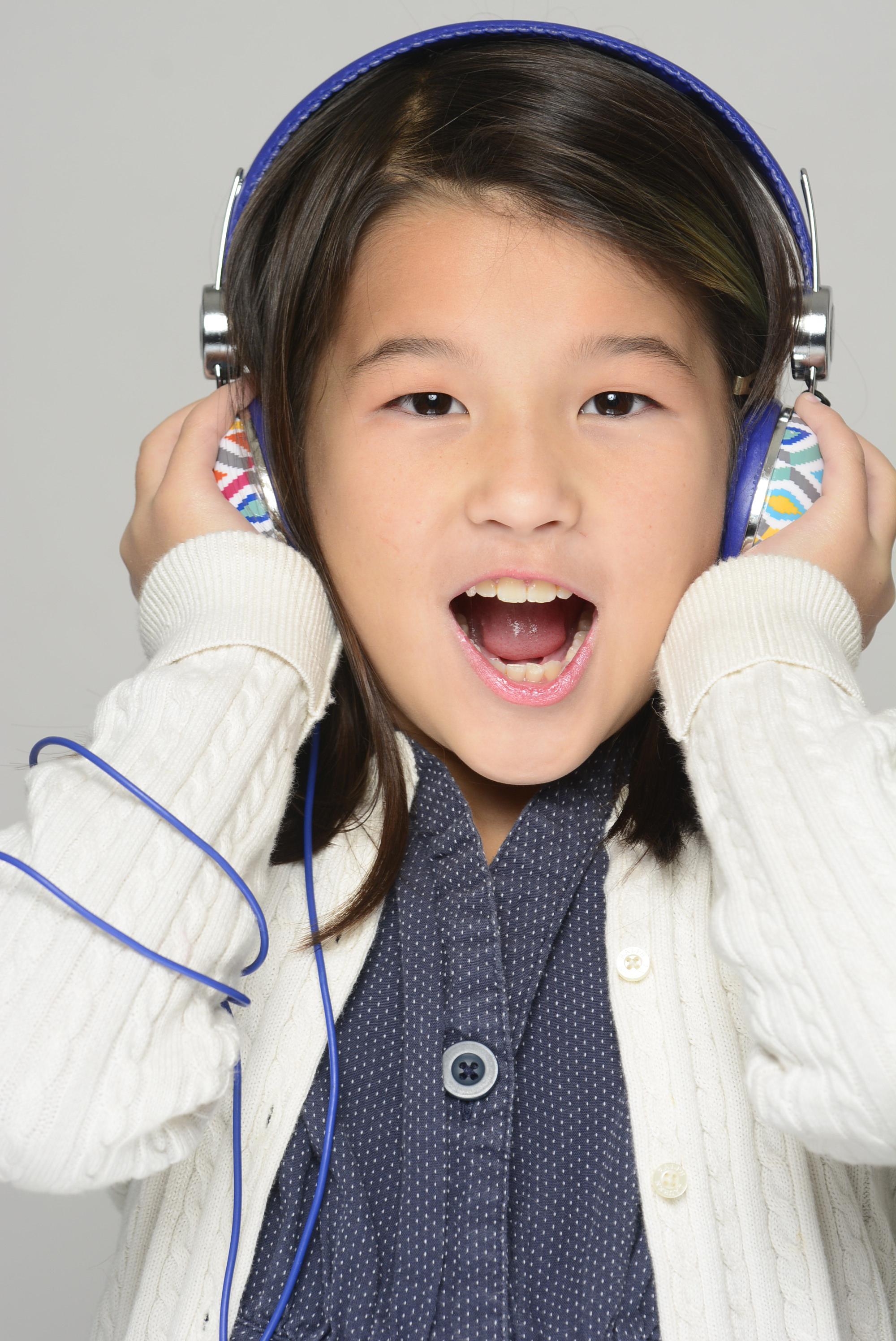 New York Children Model Photographer , children headshot  , talent head shot  model agency actor manager